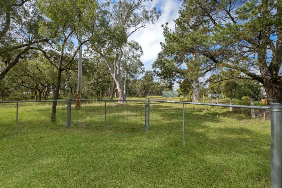 Five Flood Free Acres