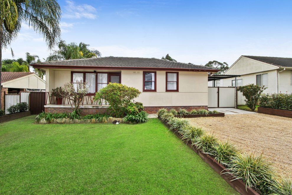 Huge Backyard ideal for Granny Flat (STCA)