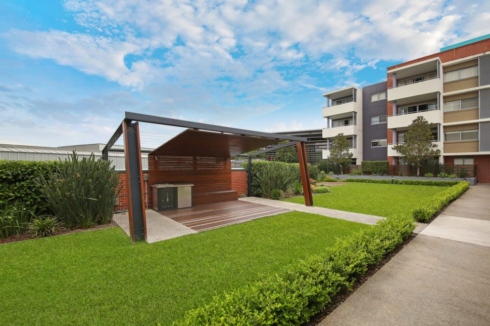 Contemporary Living in the Heart of Rouse Hill