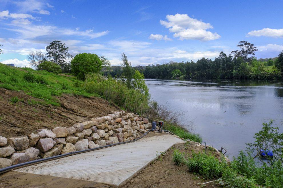 Superb Hawkesbury River Frontage
