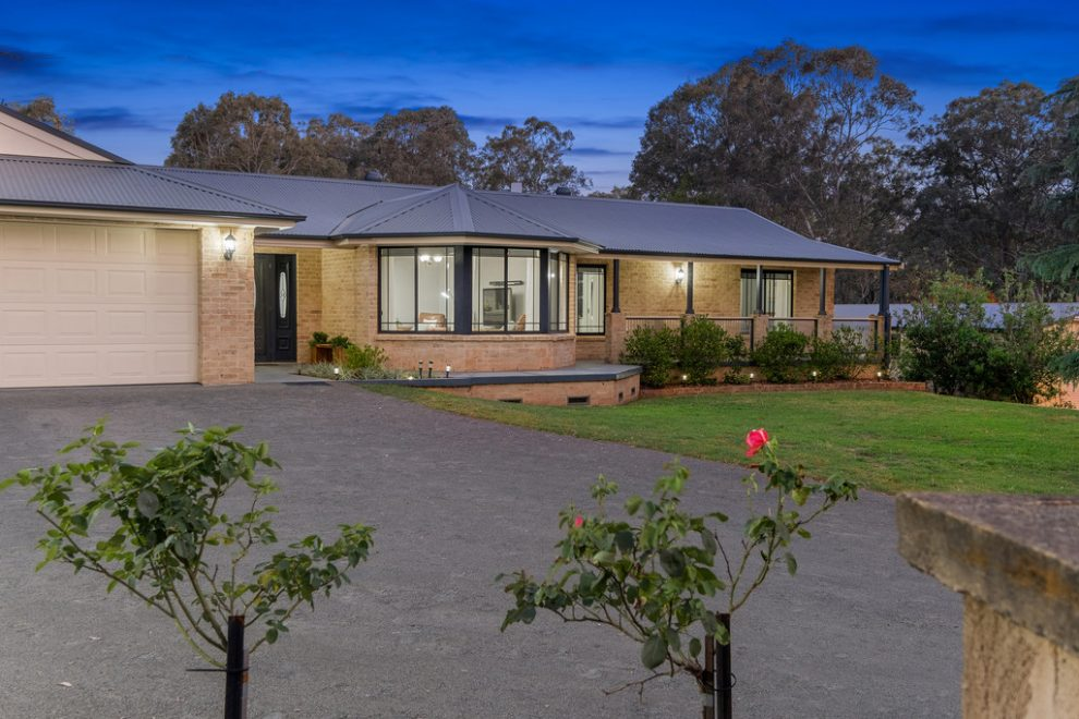 Auction Guide $1,795,000 – Will be Sold