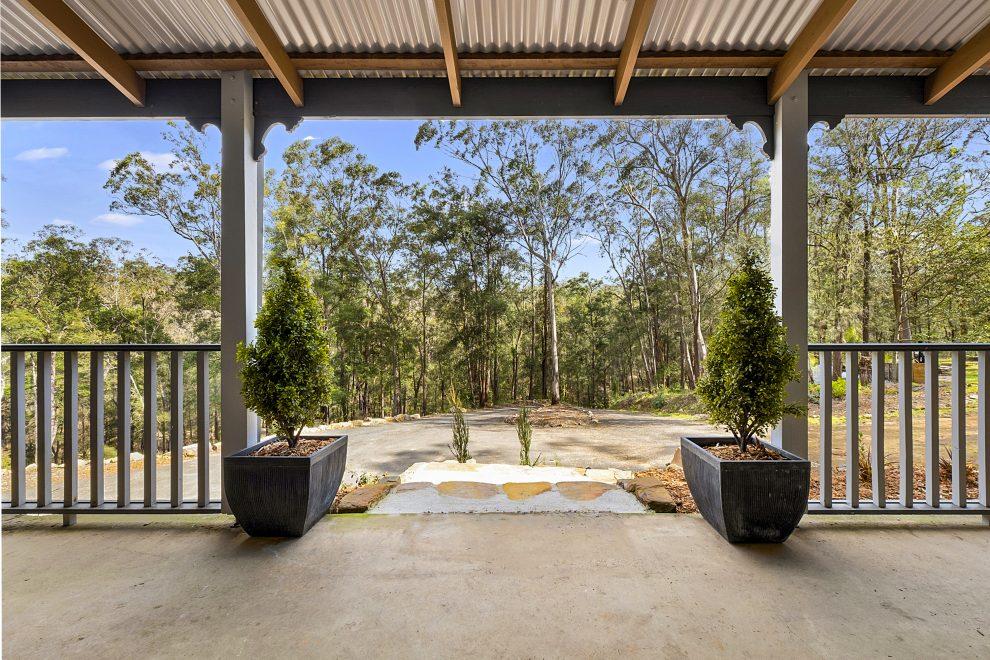 Beautiful Acreage Hideaway